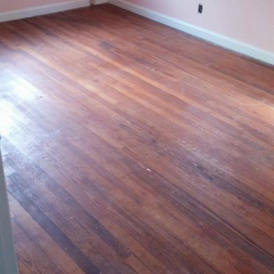 Before_Bedroom_Red_Oak_Hardwood